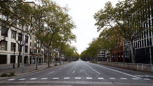 Fransa'dan sonra İspanya da büyüme beklentisini düşürüyor
