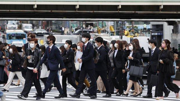 Tokyo'da Kovid-19'a karşı 'yarı OHAL' tedbirleri uygulanacak