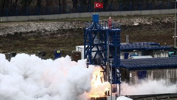 Bakan Varank: Ay misyonunda motorun ilk denemeleri başarı...