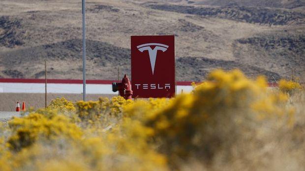 Tesla'da 'enerji' umuduyla yeni hisse fiyatı hedefi