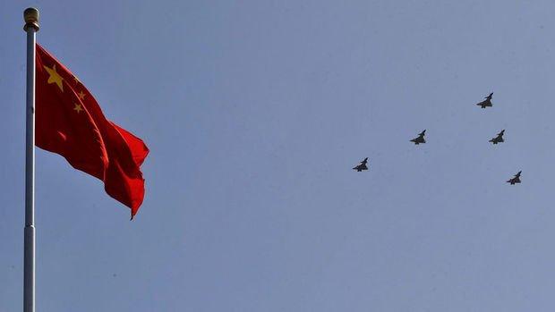 Tayvan'da savaş uçaklı Çin tatbikatı gerginliği