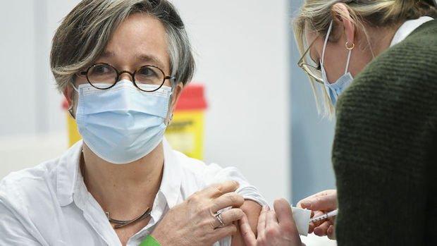 AB, BioNTech-Pfizer'la 2. çeyrek aşı tedarik anlaşmasını revize etti