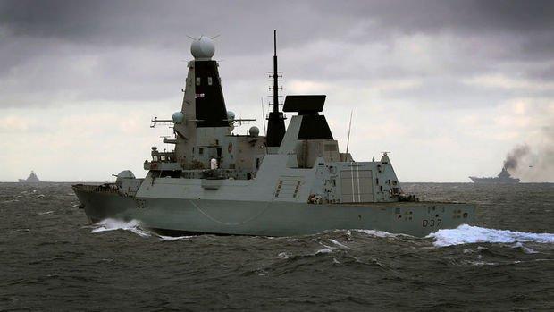 İngiltere, Karadeniz'e savaş gemilerini göndermeye hazırlanıyor