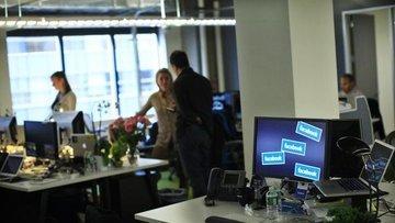 Facebook'ta evden çalışma kalıcı hale geliyor