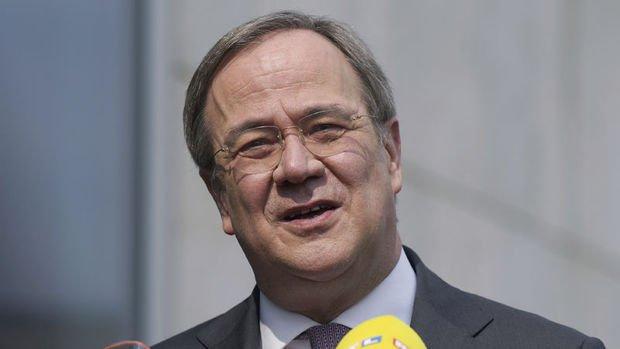 Almanya'da Hristiyan Birlik partilerinin başbakan adayı Armin Laschet oldu