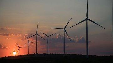 Küresel enerji dönüşümü yatırımları 500 milyar doları aştı