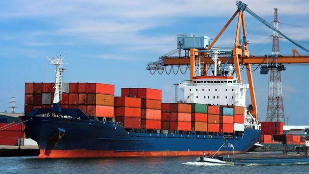 Dış ticaret açığı Mart'ta azaldı