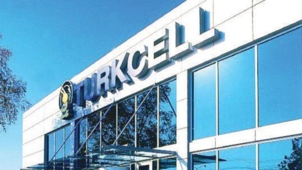 Turkcell'in ilk çeyrek kârı beklentinin üzerinde