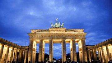 Almanya'da yatırımcı güveni 21 yılın zirvesinde