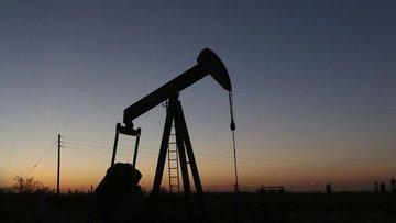 Petrolde ABD ve Çin'den gelen iki haber fiyatı aşağı çekti