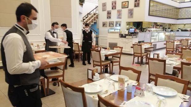 """""""Restoranların %30'u normalleşmede kapılarını açamayacak"""""""