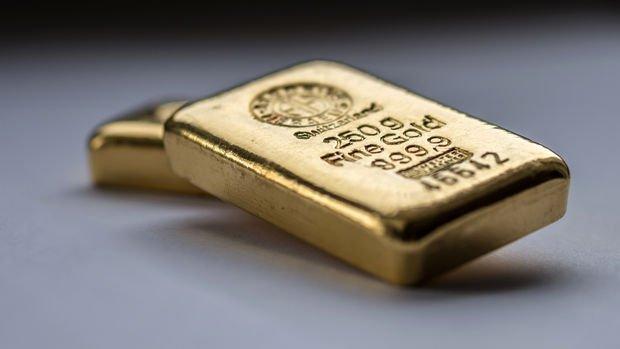 Altın enflasyon yorumlarıyla 'kritik' seviyeyi aştı