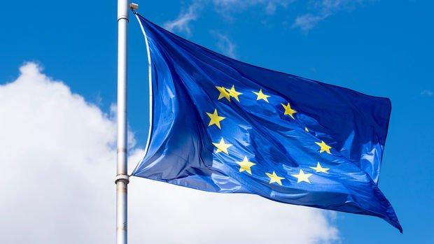 Avrupa'da ekonomik güven 3,5 yılın zirvesinde