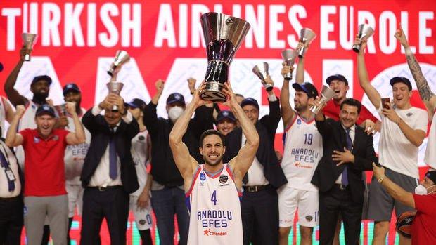 Anadolu Efes Euroleague'de şampiyon oldu
