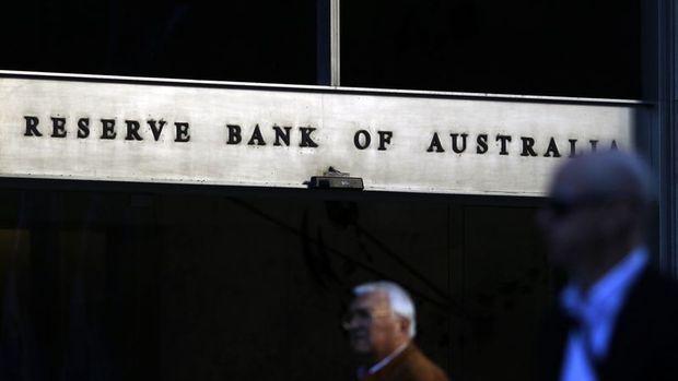 Avustralya Merkez Bankası faizi sabit tuttu ama daha fazla genişlemeye göz kırptı