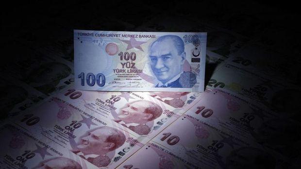 Türk Lirası dolar karşısında tüm zamanların en düşük seviyesini gördü