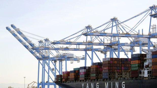 ABD'de dış ticaret açığı bu yıl ilk kez daraldı