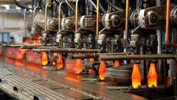 Sanayi üretimi son 1 yılda ilk kez aylık olarak daraldı