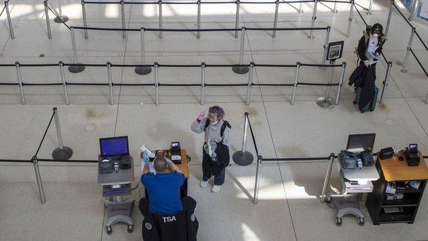 ABD'de havayollarında yolcu sayısı pandemi zirvesinde