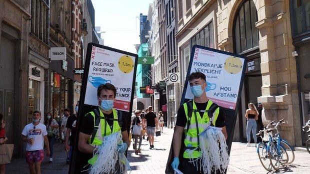 Hollanda kapalı alanlarda maskeyi kaldırıyor