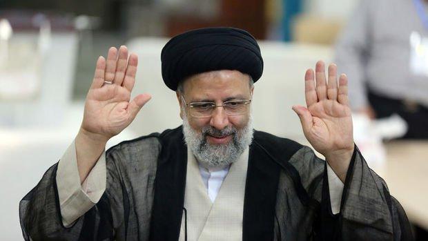 İran'da resmi sonuçlara göre İbrahim Reisi ülkenin 8. Cumhurbaşkanı seçildi
