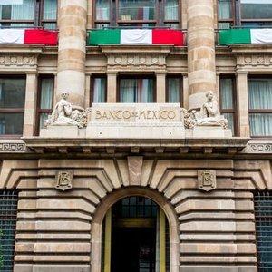 MEKSİKA MERKEZ BANKASI'NDAN BEKLENMEYEN FAİZ ARTIŞI
