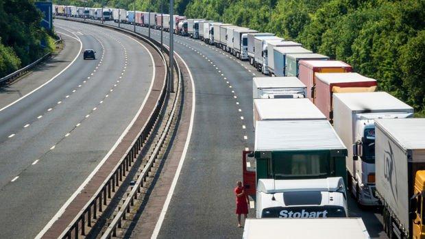Kazakistan sınırı Türk ihracatçısına duvar oldu