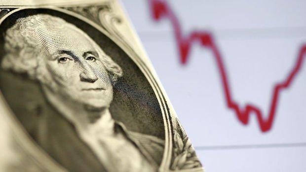 Dolar düşen risk iştahıyla güçlendi