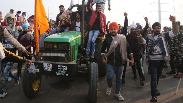 Hindistan'da çiftçiler Parlamento önünde tarım yasalarını protesto edecek