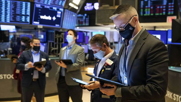Küresel piyasalar ABD tatili sonrası yön arayışında