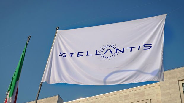 Stellantis İngiltere'de 100 milyon sterlin yatırımla elektrikli araç üretecek