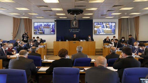 Ekonomiye ilişkin düzenlemeleri içeren torba kanun teklifi kabul edildi