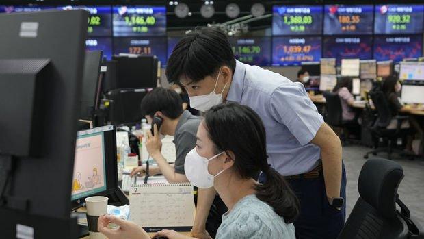 Asya'da endeksler yatırımcı duyarlılığı ile yükseldi