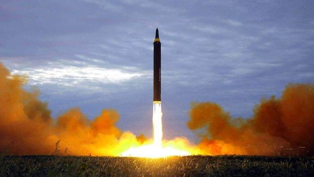 Japonya, ABD ve Güney Kore'den Kuzey Kore'ye 'nükleer' mesajı
