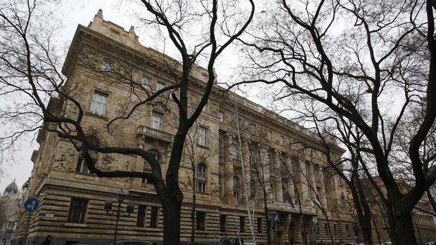 Enflasyonla mücadele eden Macaristan tahminlerin üzerinde faiz artırdı