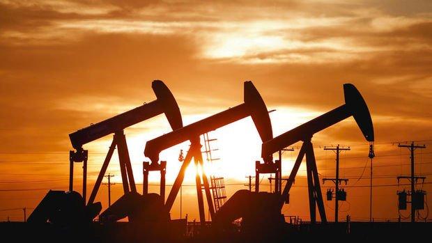 Dün yüzde 1 yükselen petrol bugün de artışta