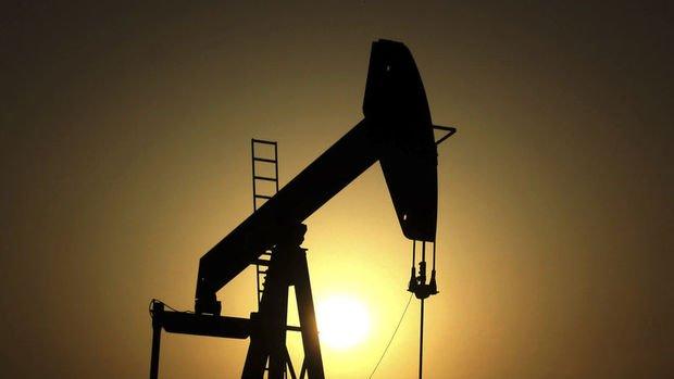 Petrol bu yılın en büyük haftalık kaybına ilerliyor