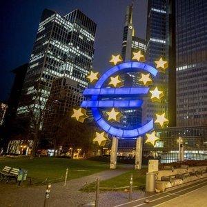 EURO BÖLGESİ'NDE ENFLASYON 10 YILIN ZİRVESİNDE