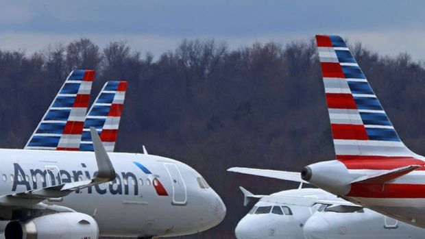 American Airlines'dan aşısız personeli için yeni karar