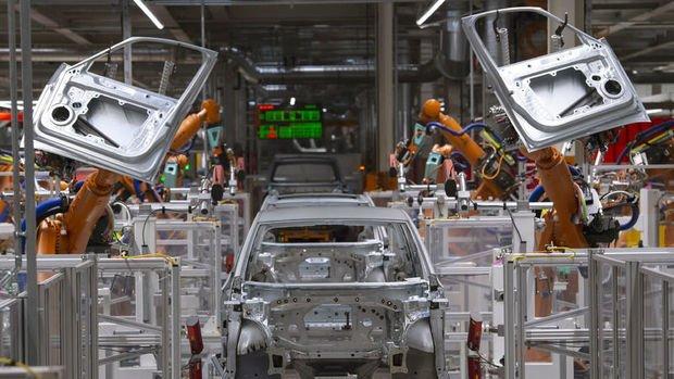 Euro Bölgesi'nde sanayi üretimi Temmuz'da tahminleri aştı