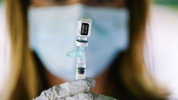 Dünya, Pfizer ve Moderna'nın aşı açıklamalarını konuşuyor