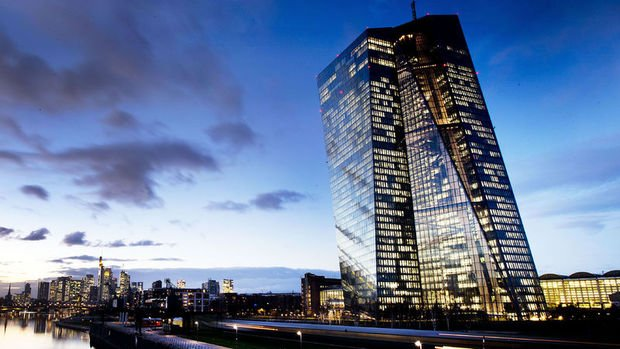 Avrupa Merkez Bankası ile FT arasında faiz polemiği