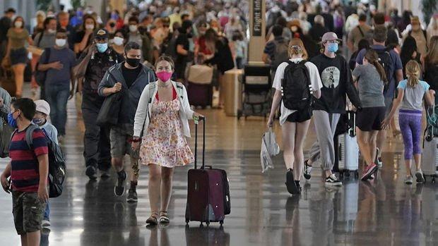 ABD, İngiltere ve AB için seyahat kısıtlamalarını gevşetiyor
