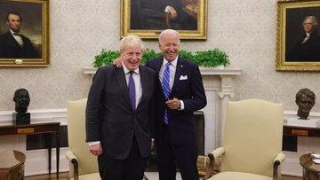 İngiltere Başbakanı Johnson, ABD Başkanı Biden ile bir ar...