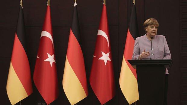 Merkel varken ne olmuştu, gidince ne olacak?