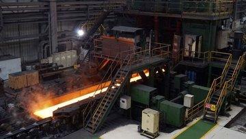 Demir cevheri stok artışlarının etkisiyle sert yükseldi