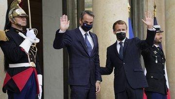 Fransa, Yunanistan'la savunma anlaşması imzaladı
