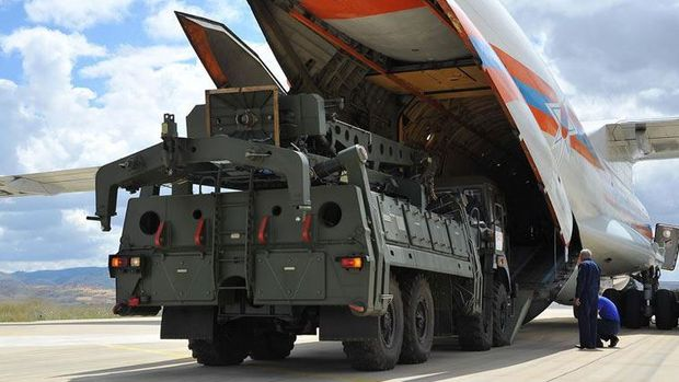 ABD'li senatörlerden Türkiye'ye S-400 uyarısı