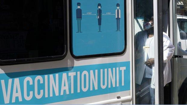 Kaliforniya'da kapalı mekanlarda aşı zorunluluğu
