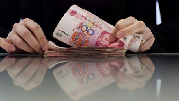Çin piyasadan son bir yılın en yüklü likiditesini çekti